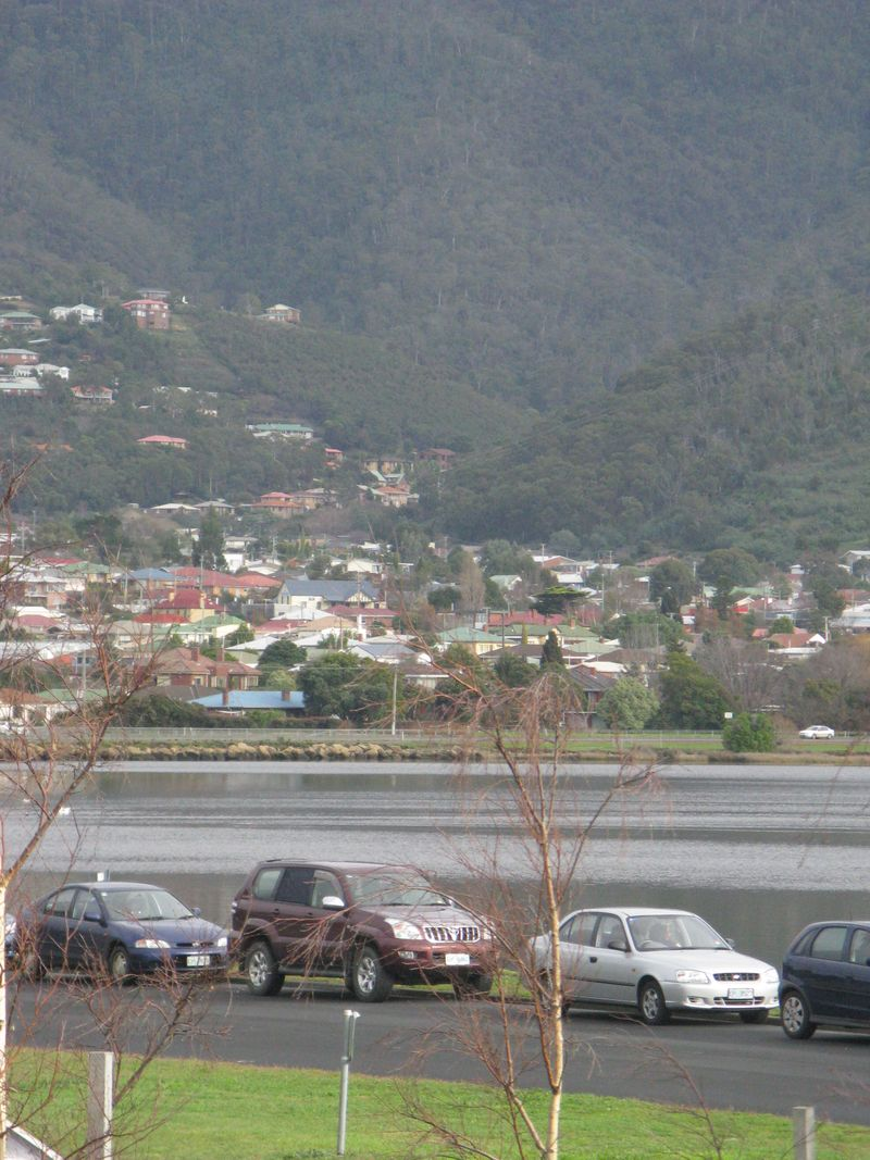 Hobart 012