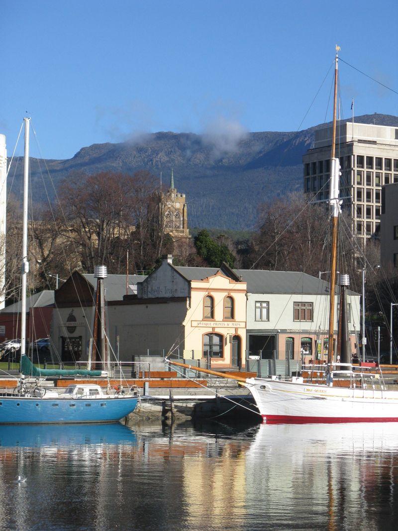 Hobart 069