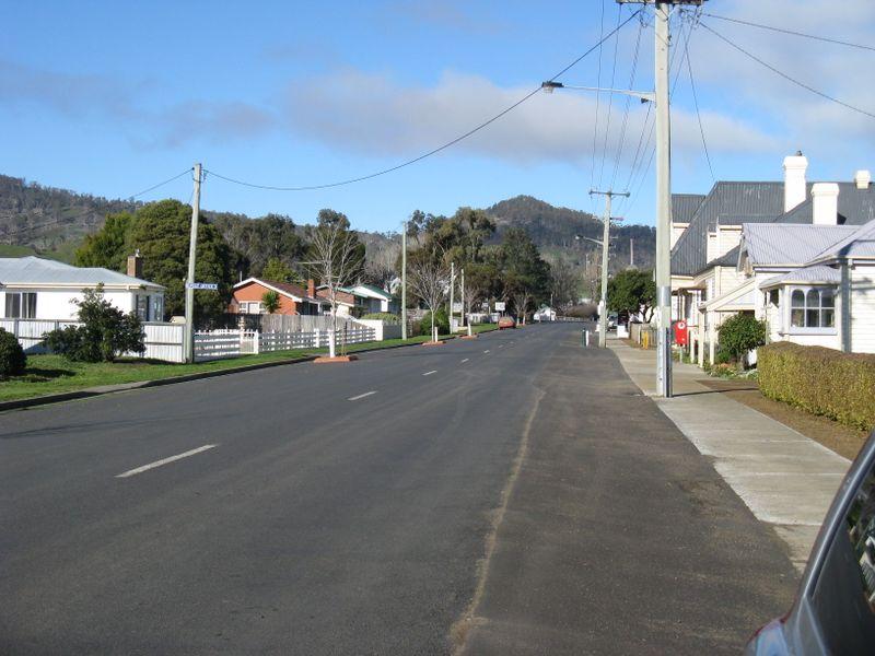 Hobart 093